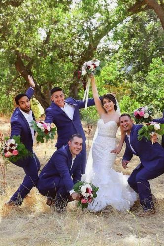 100+ Groomsmen Photos Poses Ideas You Can't Miss 34