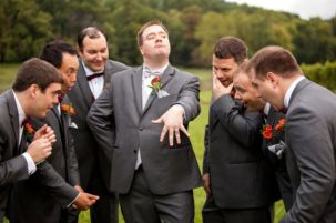 100+ Groomsmen Photos Poses Ideas You Can't Miss 7