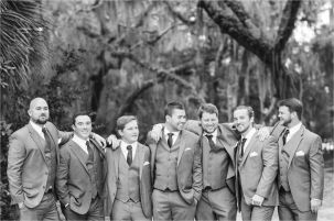 100+ Groomsmen Photos Poses Ideas You Can't Miss 80