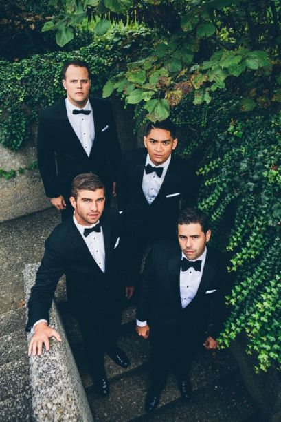 100+ Groomsmen Photos Poses Ideas You Can't Miss 81