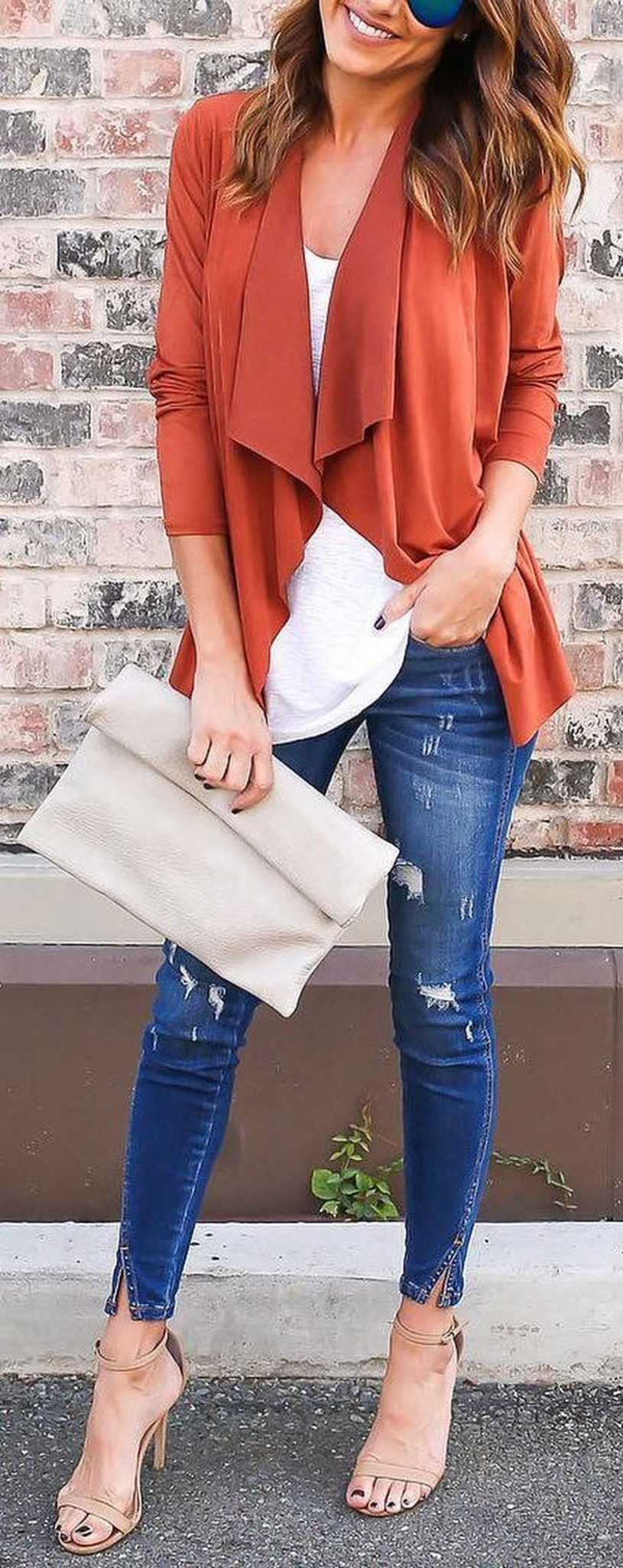 55 Orange Outfit Ideas That Make You Look Young and Fresh 17