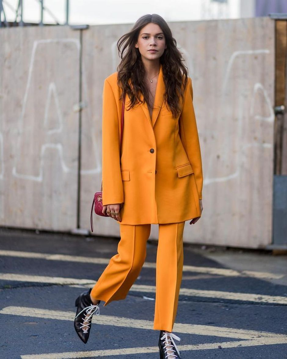 55 Orange Outfit Ideas That Make You Look Young and Fresh 2