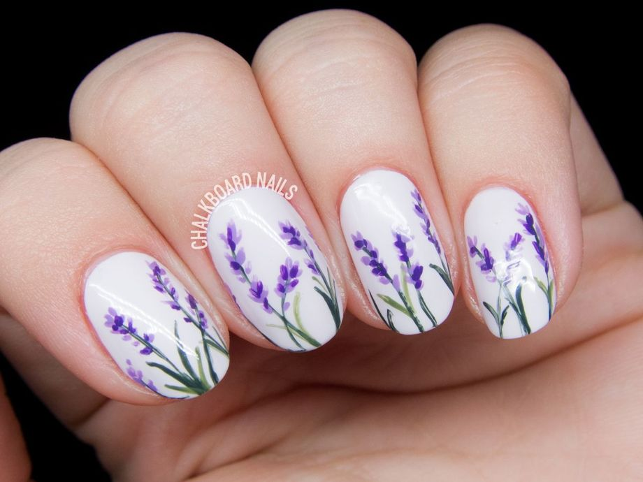 Awesome Floral Nails Design Ideas 26