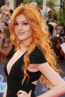 Awesome Hottest Redheads Will Make You Look Beautiful and Stunning 47