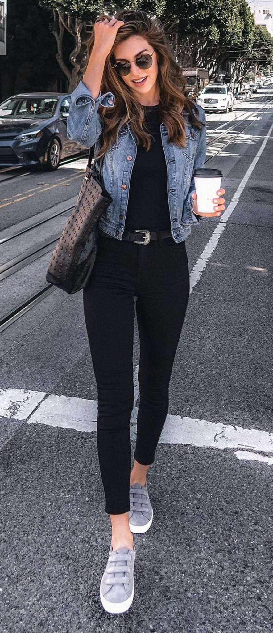 Denim Jacket Outfits Inspirations for Girl 23