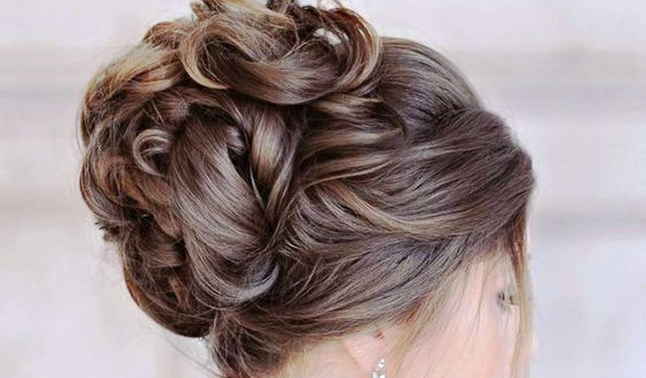Simple and Classy Bridal Hair