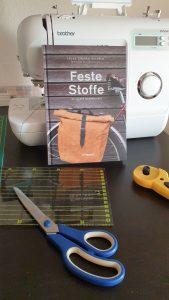 Read more about the article Feste Stoffe – 20 starke Nähprojekte von Laura Sinikka Wilhelm