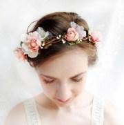 create flower wreath hair
