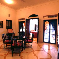 Bedroom Makeup Chair Outdoor Counter High Table And Chairs Neemrana Fort Palacefaux Pas