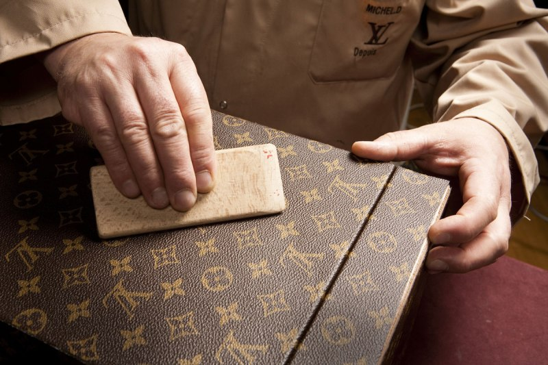 Mame Fashion Dictionary: Louis Vuitton' Craftsmanship