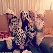 Este, Danielle and Alana Haim and Taylor Swift