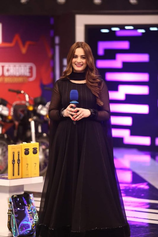 Beautiful Pictures of Aiman Khan from Jeeto Pakistan
