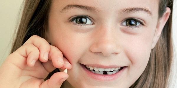 Удаление молочных зубов у детей — противопоказания и способы удаления