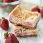 Strawberry Crumble Cheesecake Bars
