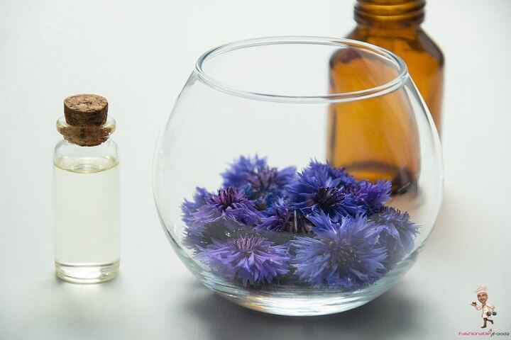 Best Essential Oils for Skin Aging