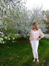 white skinnie jeans