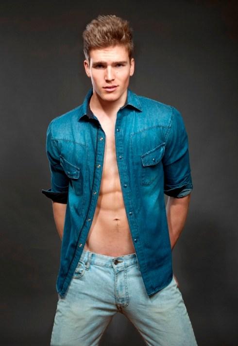 Ryan-Mertz-@-B.-Charles-Johnson-2