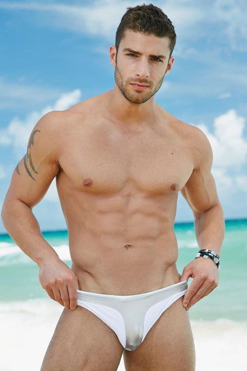 Adam-Ayash-for-Undergear-2013-05
