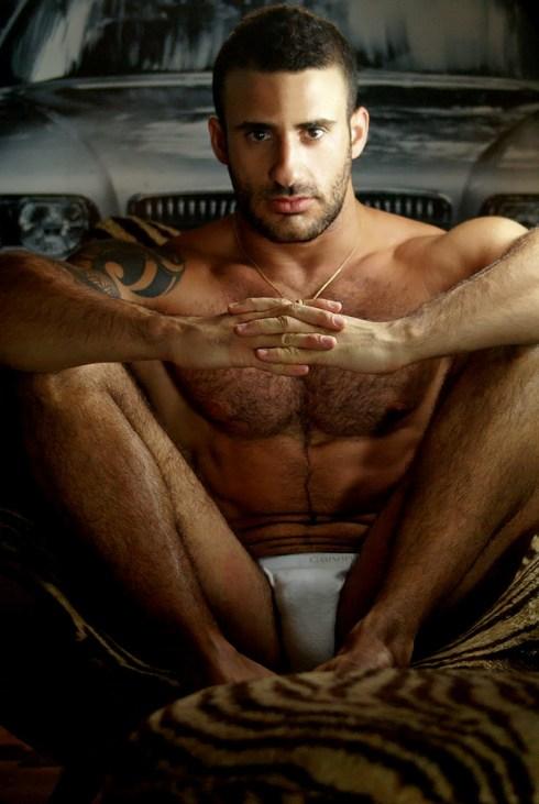 Eliad-Cohen-in-H-Magazine-09
