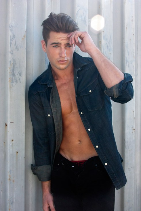 Evan-Warmer-by-photographer-Sonny-Tong-02