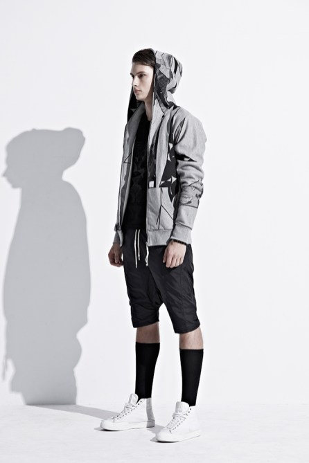 ionism-2013-fallwinter-astray-from-present-lookbook-12