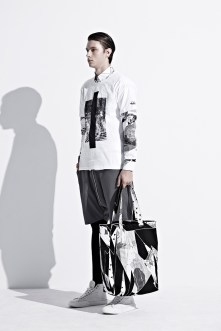 ionism-2013-fallwinter-astray-from-present-lookbook-4