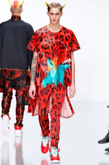 katie-eary-fall-winter-2014-show-0015