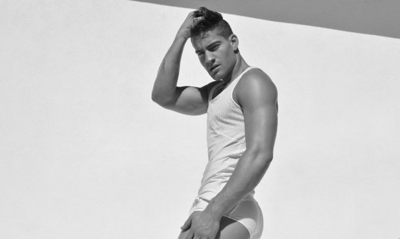 Logan-Taylor-for-Ruskin-Swimwear-2014-09