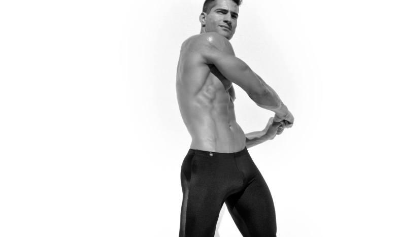 Logan-Taylor-for-Ruskin-Swimwear-2014-10