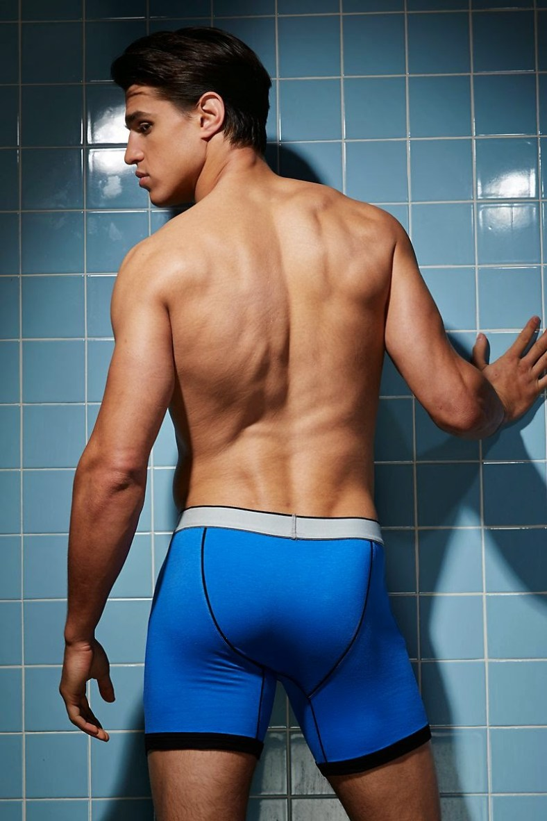 Joe-LoCicero-For-Undergear-2014-11