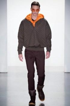 Calvin-Klein-Collection-Milan-Men-SS15-2530-1403444918-bigthumb