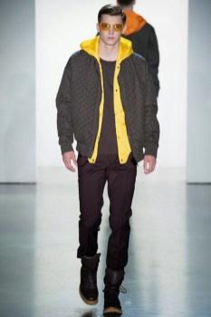 Calvin-Klein-Collection-Milan-Men-SS15-2530-1403444919-bigthumb