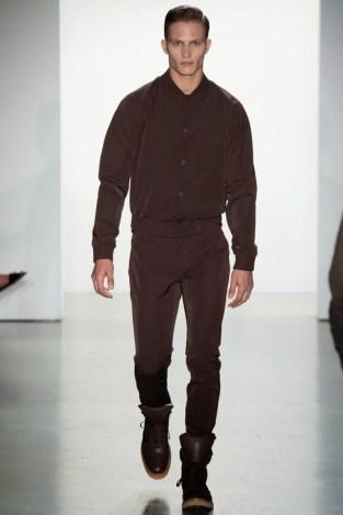 Calvin-Klein-Collection-Milan-Men-SS15-2530-1403444920-bigthumb