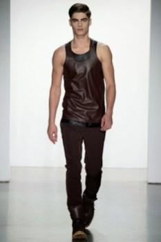 Calvin-Klein-Collection-Milan-Men-SS15-2530-1403444923-bigthumb