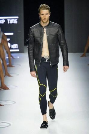 Dirk-Bikkembergs-Spring-Summer-2015-Milan-Fashion-Week-018