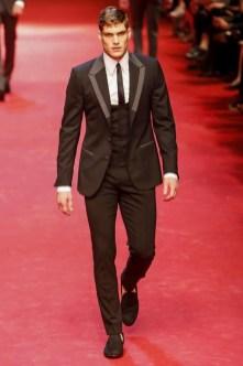 Dolce-_-Gabbana-Milan-Men-SS15-4359-1403353836-bigthumb