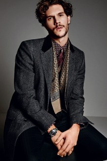 Dolce-and-Gabbana-Fall-Winter-2014-Men-Look-Book-Model-Images-004