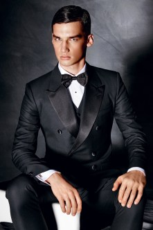 Dolce-and-Gabbana-Fall-Winter-2014-Men-Look-Book-Model-Images-023
