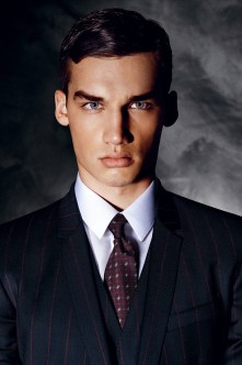 Dolce-and-Gabbana-Fall-Winter-2014-Men-Look-Book-Model-Images-029
