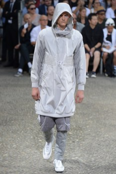 Moncler-Gamme-Bleu-Spring-Summer-2015-Milan-Fashion-Week-023