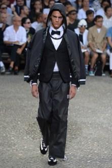 Moncler-Gamme-Bleu-Spring-Summer-2015-Milan-Fashion-Week-034