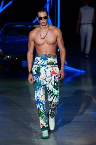 Roberto-Cavalli-Men-Spring-Summer-2015-Milan-Fashion-Week-018