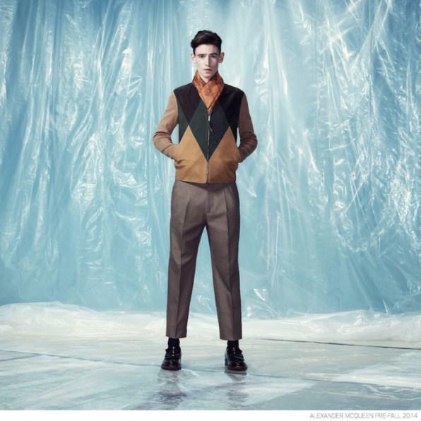 Alexander-McQueen-Pre-fall-2014-Look-Book-Elegant-Suiting-012-800x800