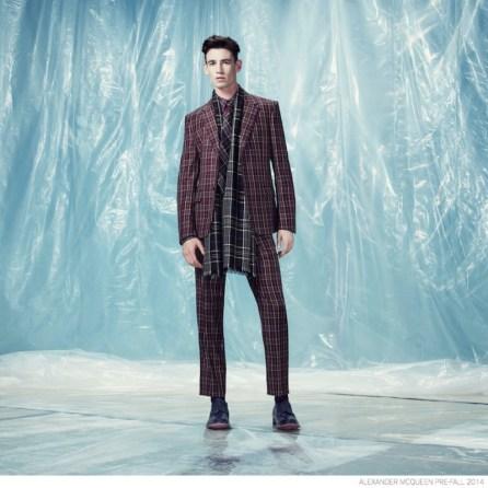 Alexander-McQueen-Pre-fall-2014-Look-Book-Elegant-Suiting-021-800x800