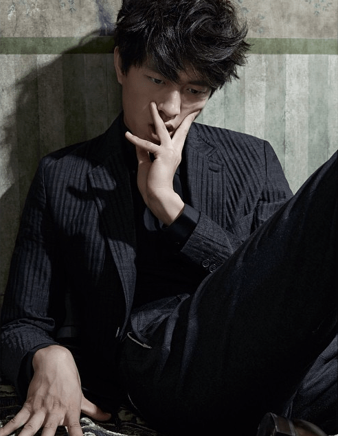 Monday Weekly Lifestyle Magazine Photographer: Jin Jaji Stylist: Tingsily Chang Hair: Chang Shaio Make-up: Ya Feii