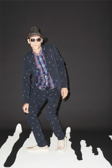 Band_of_Outsiders_023_1366.1366x2048