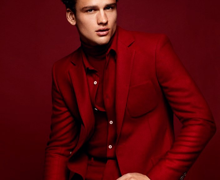 Fashion photographer Miguel Reveriego is the man of the hour, tackling the latest issue of Antidote magazine. One of the issue's stories, all photographed by Reveriego, includes Canadian model Simon Nessman. Going with the theme of night, the Soul Artist Management model is outfitted in dark fashions, balanced with a deep reds. Styled by Yann Weber, Simon models both casual and formal styles, featuring pieces from the likes of AMI. / Hair by James Row. Makeup by Maki Ryoke.