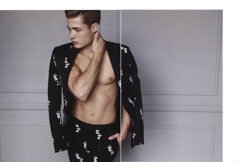 'FASHION FOR MEN NOW : DIOR HOMME'