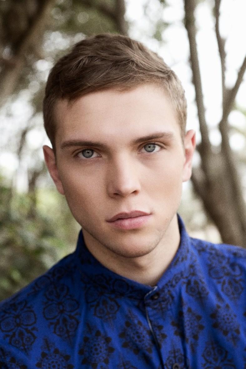 Ukranian model Andrey Garkusha by Tino Vargas - Melancolía