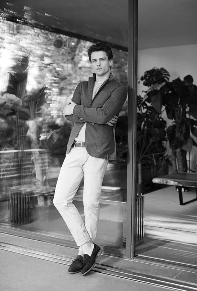 Discover Men's Collection at www.massimodutti.com